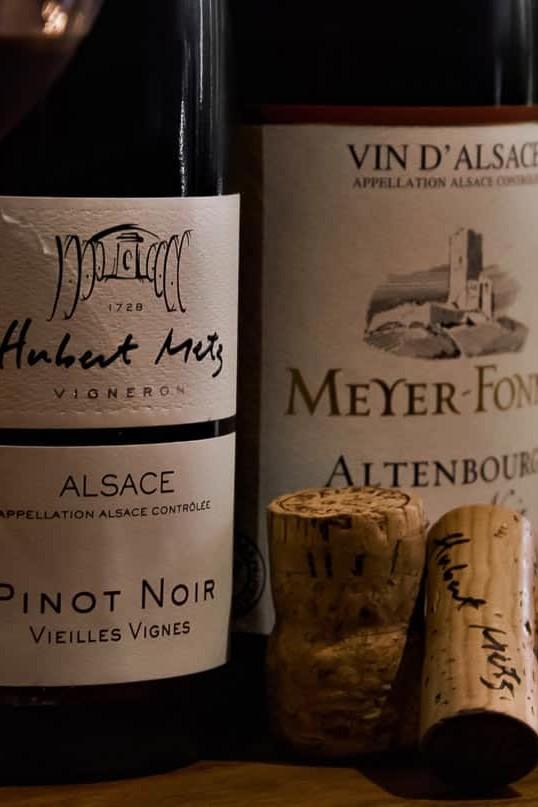 Pinot noir Hubert Metz - Vieilles vignes - Partez à la découverte des plus grands vins d'Alsace sous forme de parcours dégustation (Winetasting) ludiques et personnalisés, Le Caveau à Colmar !